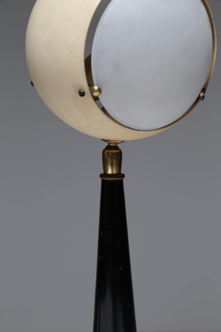 LELLI ANGELO Coppia lampade da tavolo in metallo laccato e o