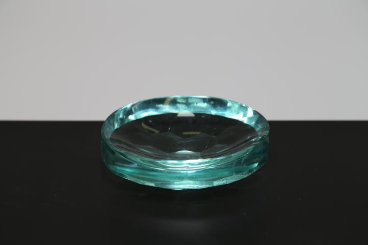 Posacenere in vetro molato ad alveare, anni 50