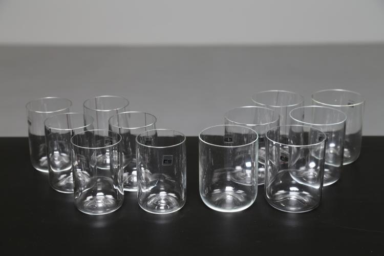 Sei bicchieri da acqua e sei bicchieri da vino in vetro di Murano, per Fratelli Toso, anni 70