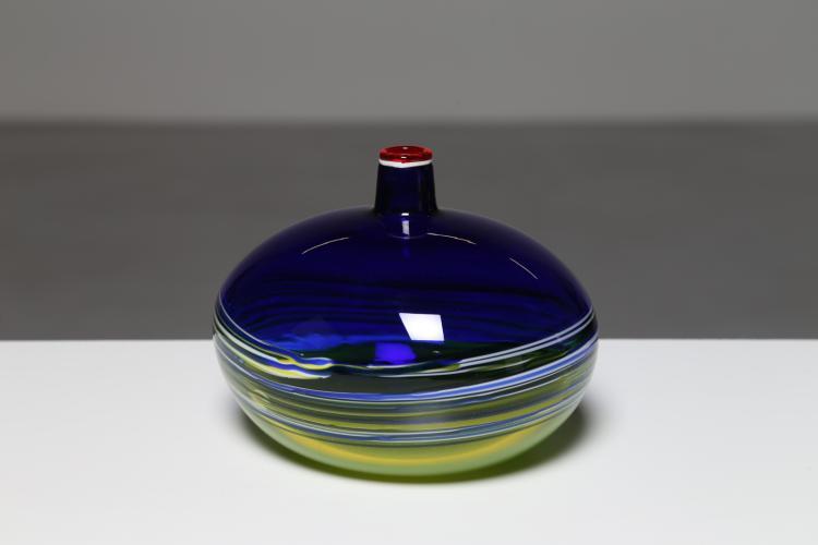 Vaso a bottiglia in vetro a incalmo giallo e blu, anni 70