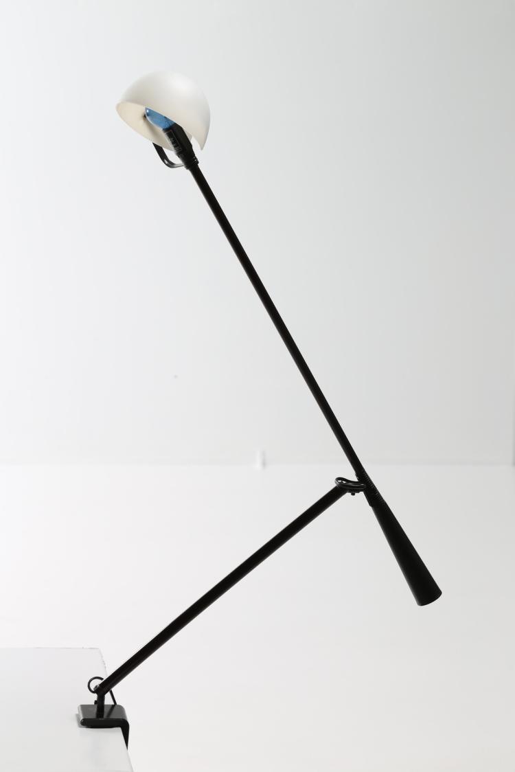 Lampada da tavolo a morsetto modello 612, per Arteluce 1975