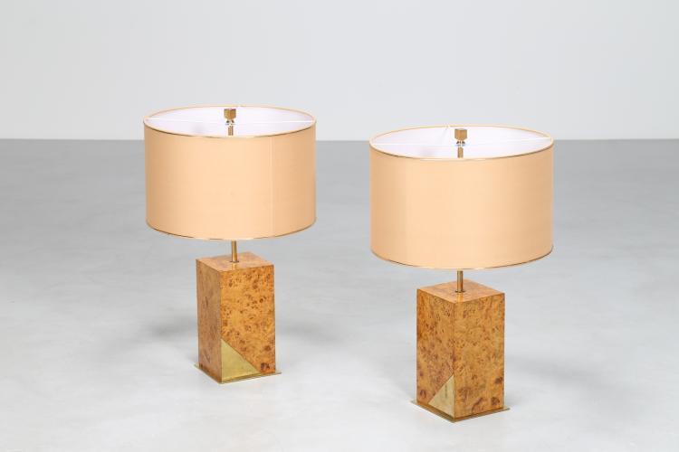 Coppia di lampade da tavolo, in radica di legno e ottone, anni 70