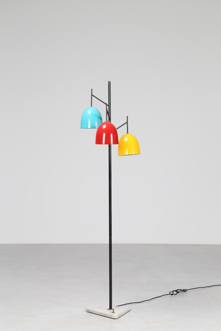 Attrib. Lampada da terra in metallo laccato e ottone, anni 60