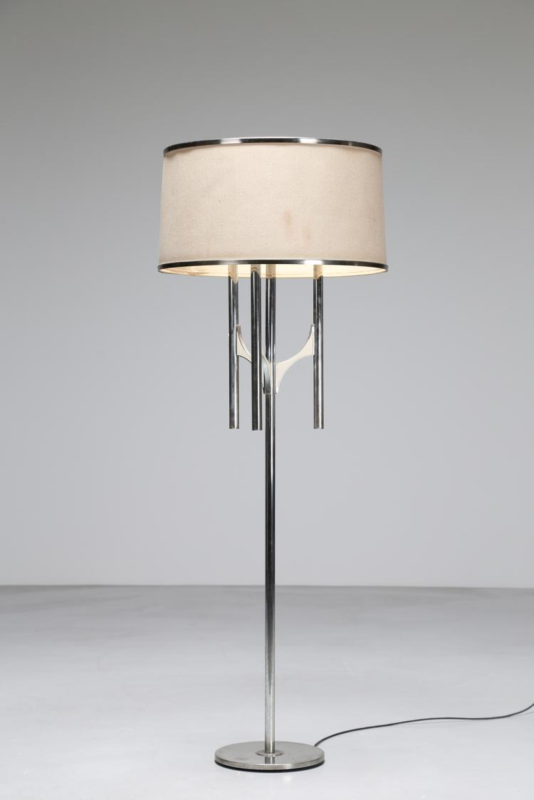 Lampada da terra in metallo cromato, anni 70°
