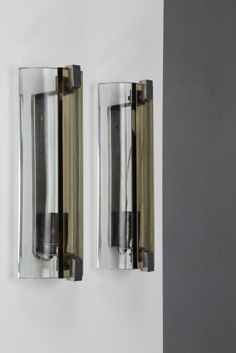 Coppia di appliques in acciaio cromato e cristallo, anni 60