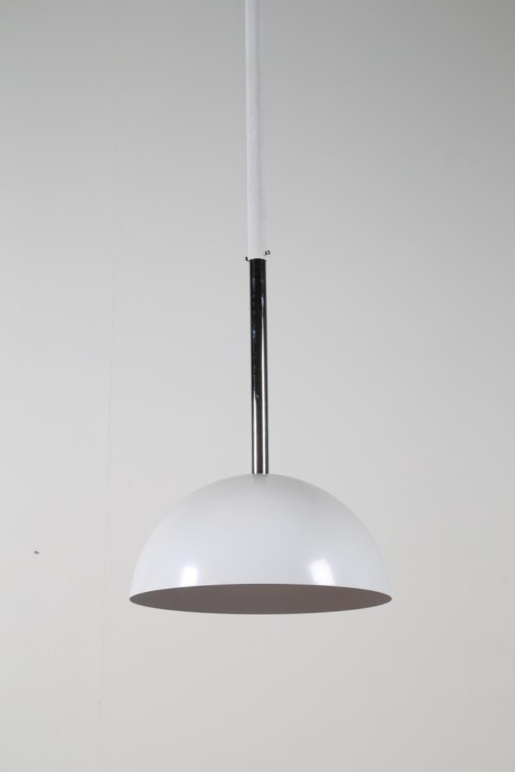 Lampada a sospensione in metallo cromato e laccato, mod. Cupola, per Francesconi, anni 70