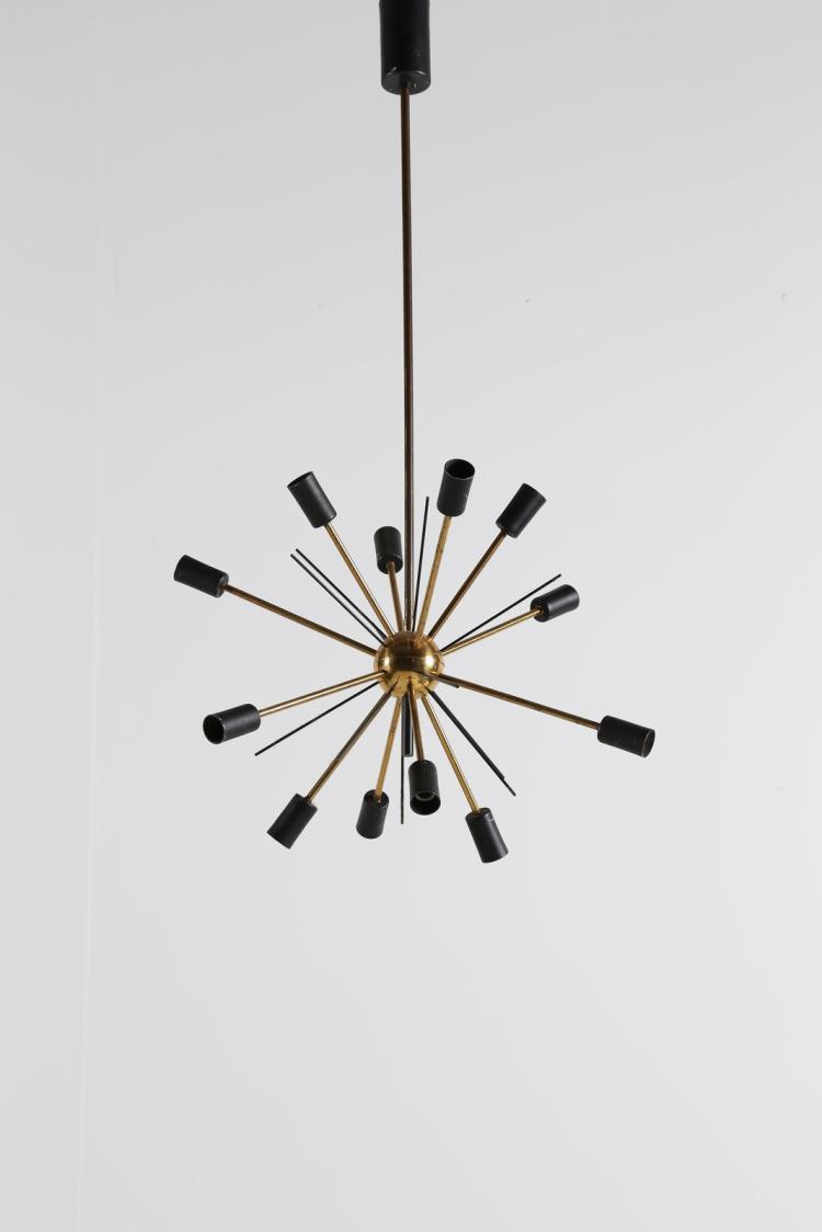 Lampadario in ottone e metallo laccato, mod. Sputnik, anni 50