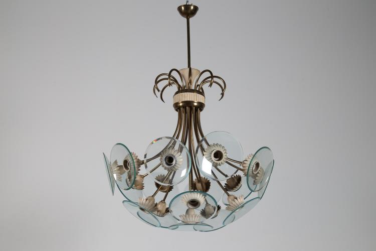 Attrib. Lampadario a sedici luci in ottone metallo laccato e dischi di cristallo, anni 50