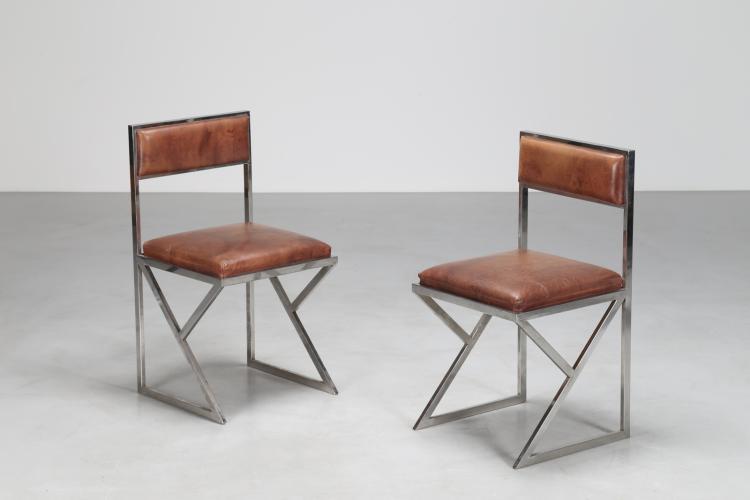 Coppia di sedie in metallo cromato e pelle, anni 70