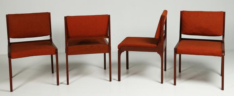 Quattro sedie in palissandro e tessuto, anni 70