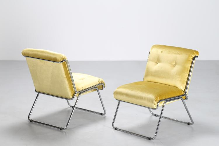 Coppia di poltroncine in metallo cromato e velluto, anni 70