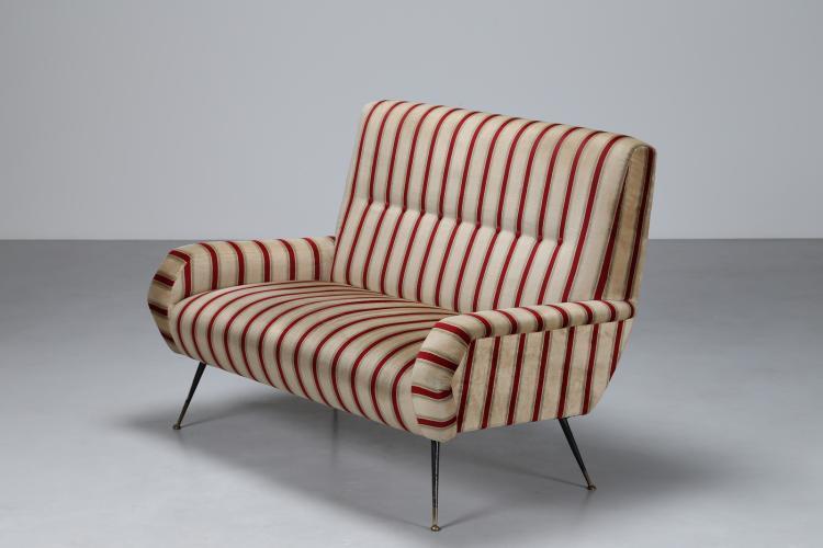 Divanetto due posti con gambe ottone laccato e velluto a righe, anni 50