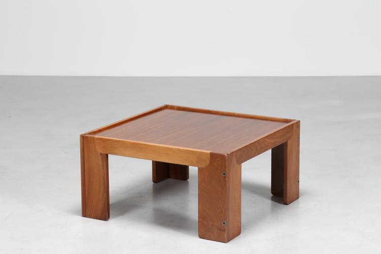 Tavolino quadrato in palissandro, per Cassina, anni 70