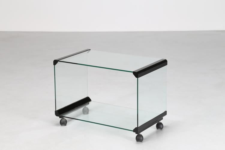 Tavolino in vetro e ottone, mod. George 2 design Pierangelo Gallotti per  Gallotti & Radice, anni 70