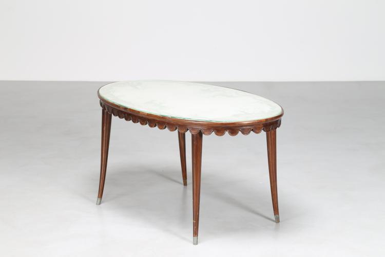 Tavolino da salotto in noce, con piano in cristallo inciso, anni 50