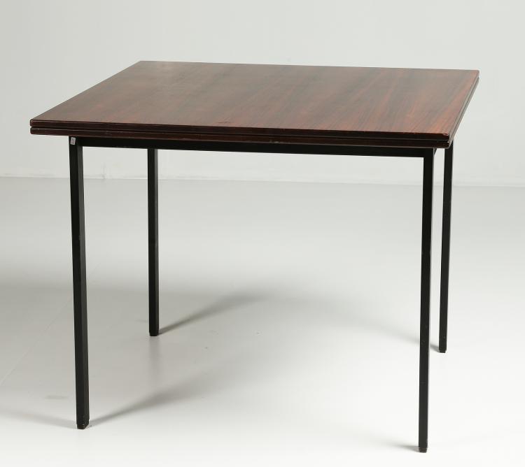 Tavolo allungaile in metallo con piano  in palissandro, mod. T64, per Tecno anni 70