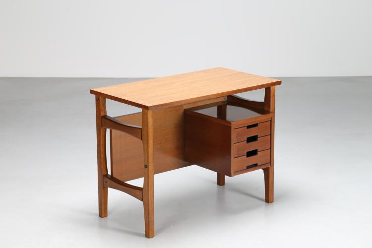 Scrittoio in legno, Prod. Schirolli,  anni 50