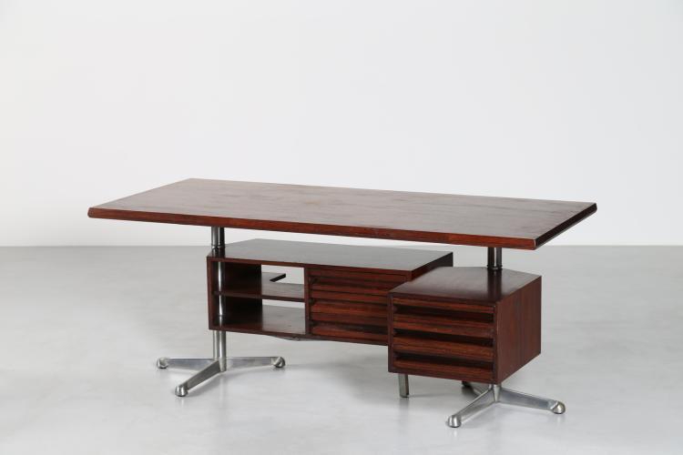 Scrivania in palissandro, acciaio, alluminio lucidato, cassettiere intercambiabili applicate alla struttura, mod. T95 Prod. Tecno, 1956