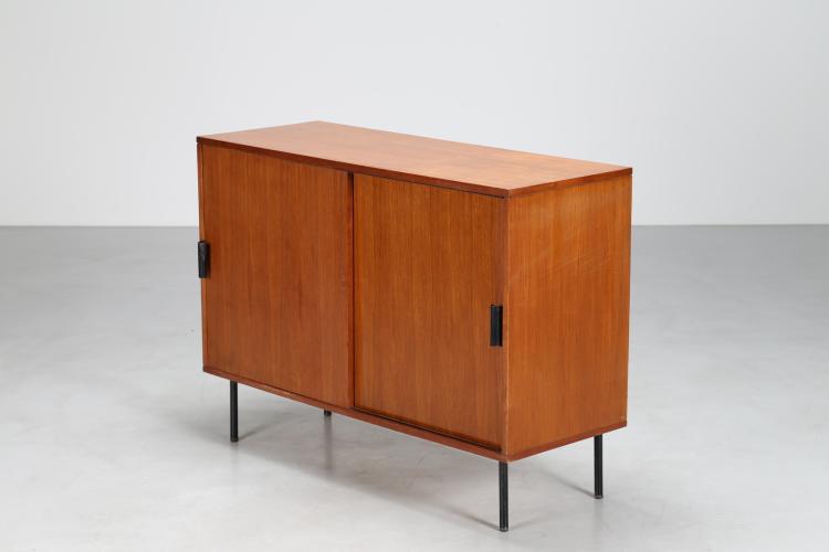 Mobile ad ante scorrevoli in legno di teak e tondino di ferro laccato, produzione Isa Ponte S. Pietro Bergamo, anni 60