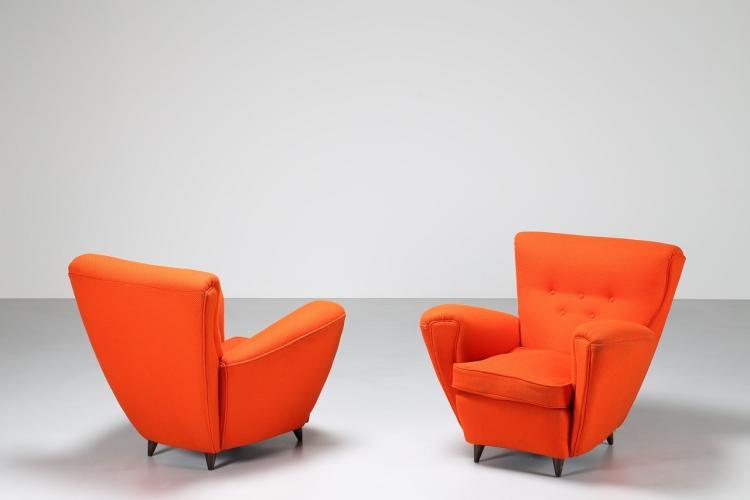 Coppia di poltrone in tessuto arancione, anni 50