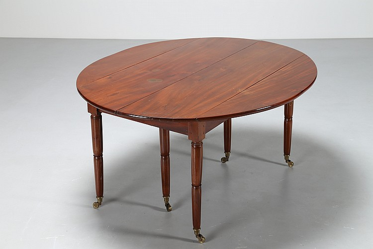 Tavolo da pranzo in legno di rovere, lastronato, con prolung