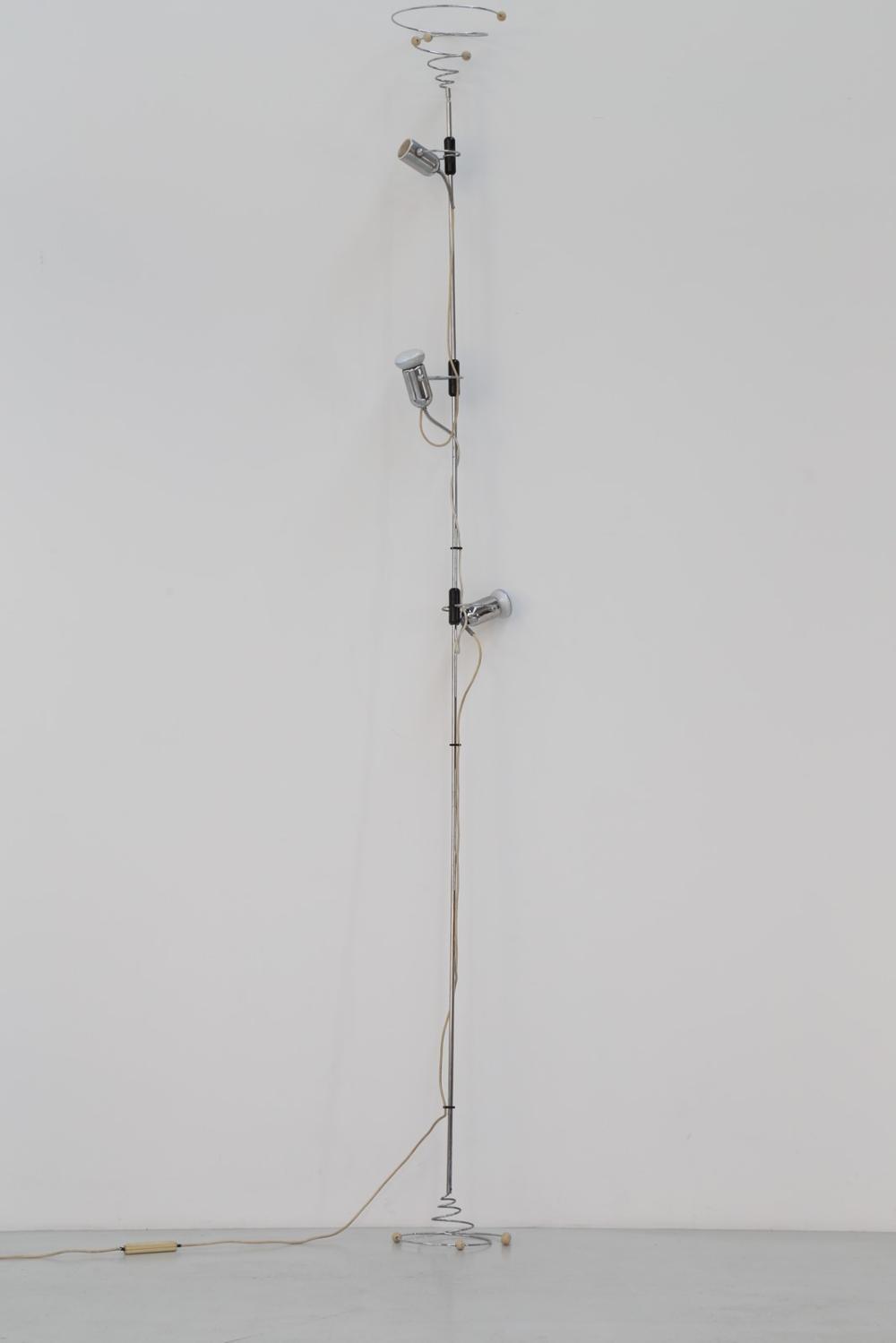 FOIS FRANCESCO Floor-to-ceiling lamp