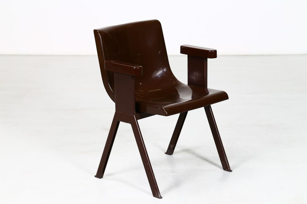 SOTTSASS ETTORE (1917 - 2007) Chair mod. Synthesis