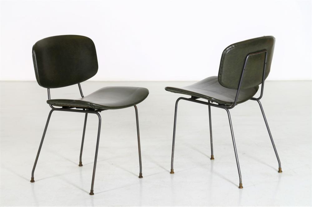 ITALIAN MANUFACTURE Pair of chairs