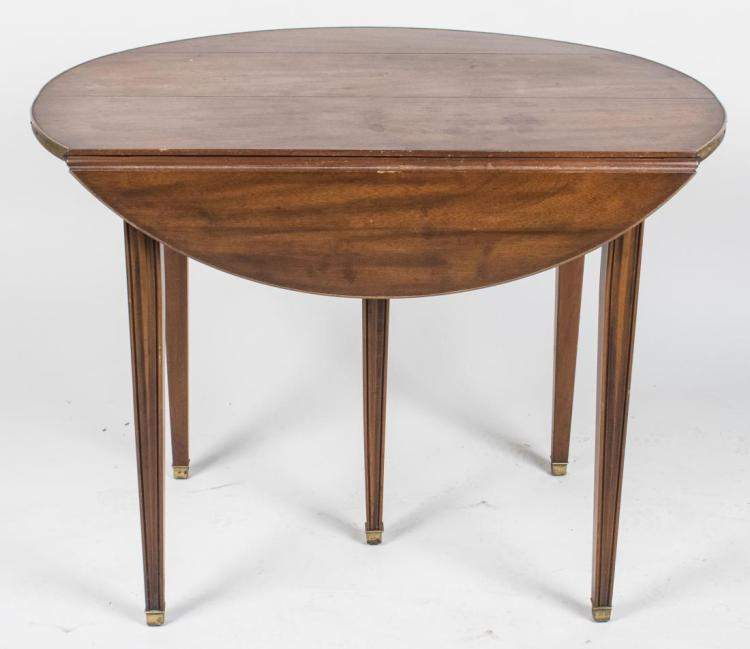 Extension drop leaf dining room table for Drop leaf extension table