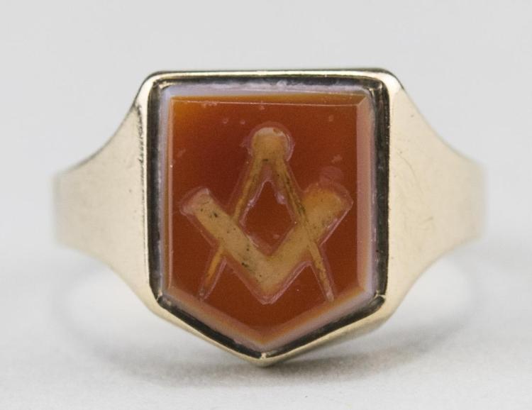English Gold and Carnelian Masonic Ring *
