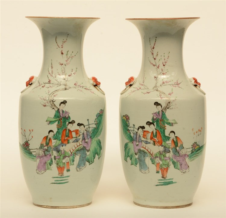 A pair of Chinese polychrome vases, decorated with an animated scene, H 44