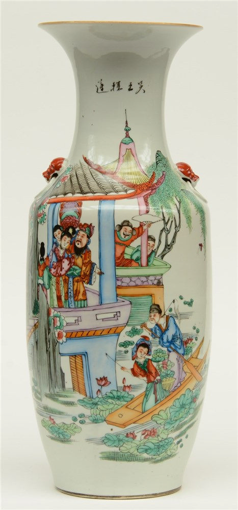 A Chinese polychrome decorated vase with an animated scene, H 56,5 cm