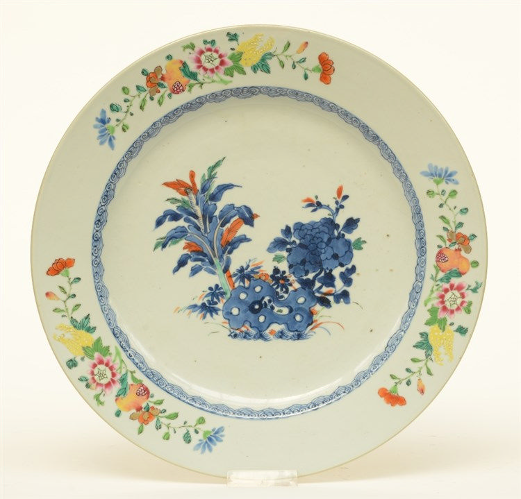 A large Chinese polychrome and floral dish, 18thC, Diameter 39 cm (minor ch