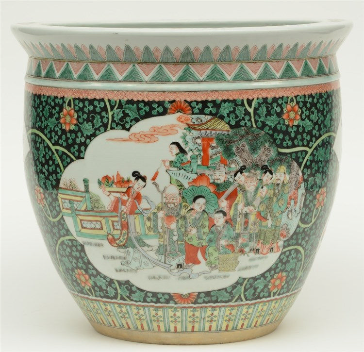 A Chinese famille verte cache-pot, the roundels decorated with the Eight Im