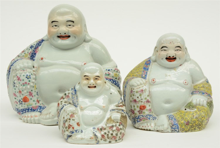 Three Chinese polychrome laughing Buddai, marked, ca 1900, H 14,5 - 25,5 cm