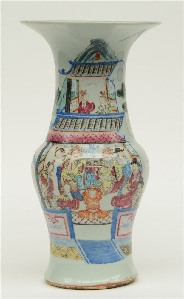 A Chinese famille rose yenyen vase, overall decorated with a court scene, 1