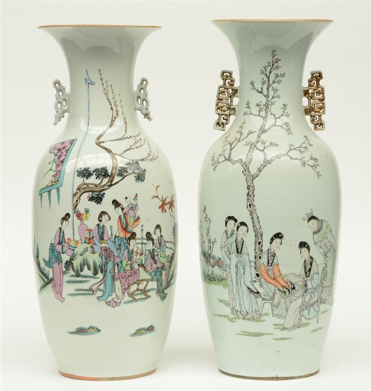 Two Chinese polychrome vases, decorated with figures in a garden, H 58,5 -