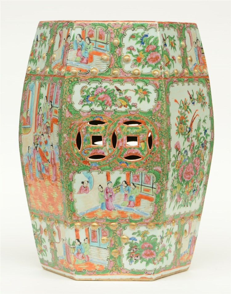 A Chinese Canton garden seat, 19thC, H 46,5 cm