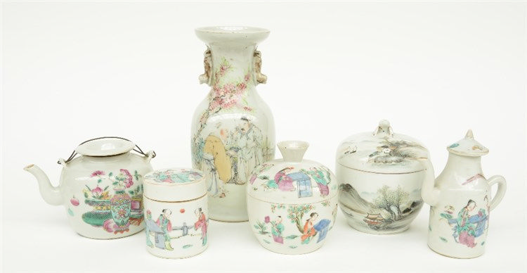 A Chinese lot of famille rose and polychrome decorated porcelain, 19th - 20