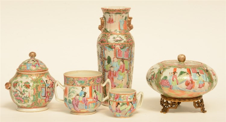 A lot of Chinese Canton porcelain, famille rose decorated with animated sce