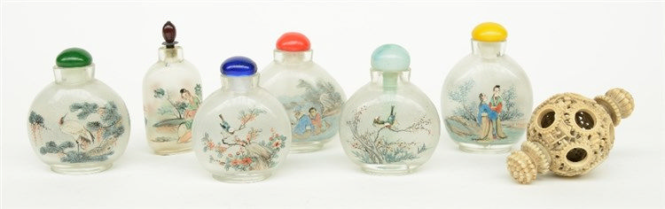 Lot of six Chinese inside-painted glass snuff bottles, H 7,2-8,4 cm; added