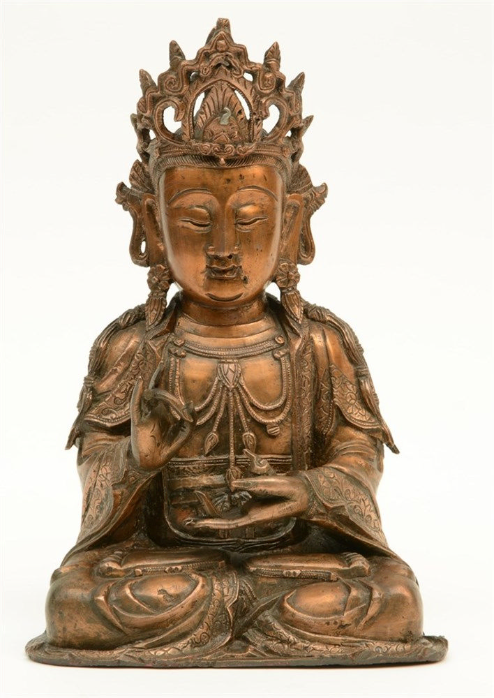 A Chinese seated bronze Buddha, Ming dynasty, H 33,5 - D 15,5 cm