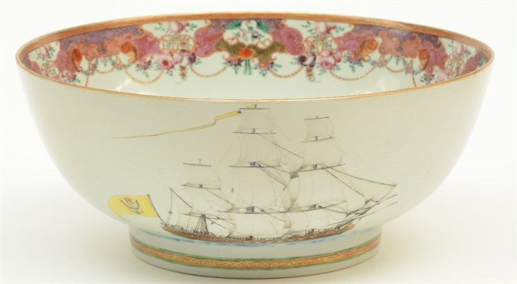 A rare Chinese export porcelain famille rose bowl, decorated on both sides