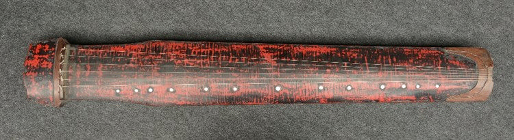 A Chinese wood and lacquer seven-string musical instrument 'Guqin', H 10,5