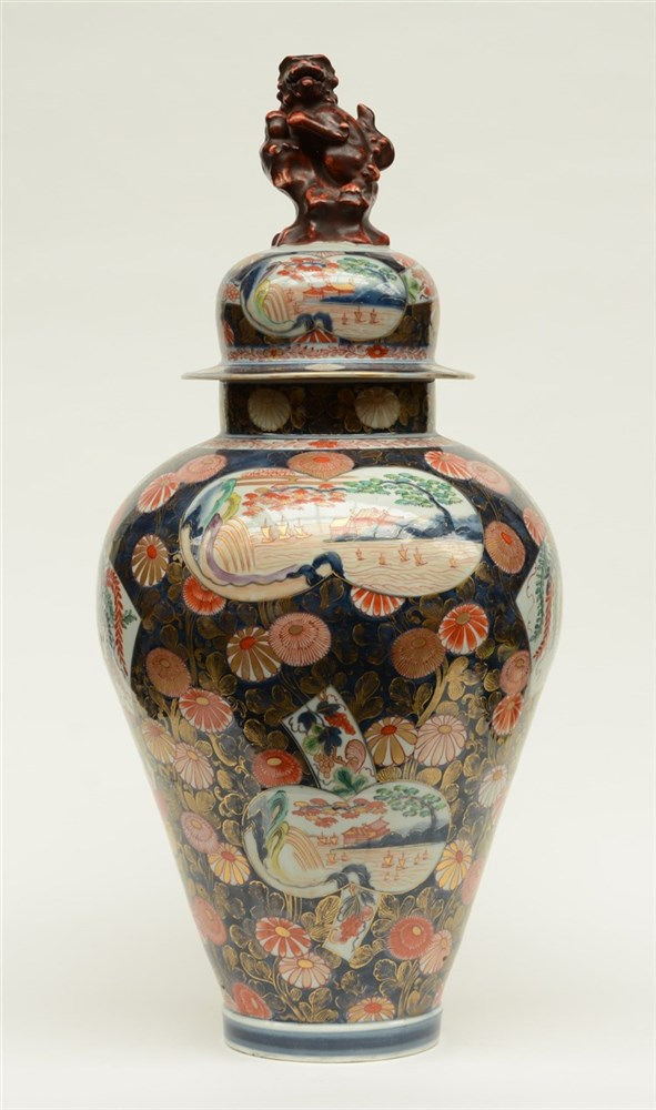 An impressive Japanese Imari vase and cover, H 88 cm