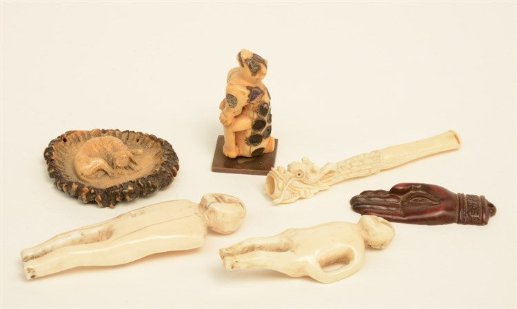 Lot of six various bone and hartshorn sculptures, 18th and 19thC, H 5,3 - 9