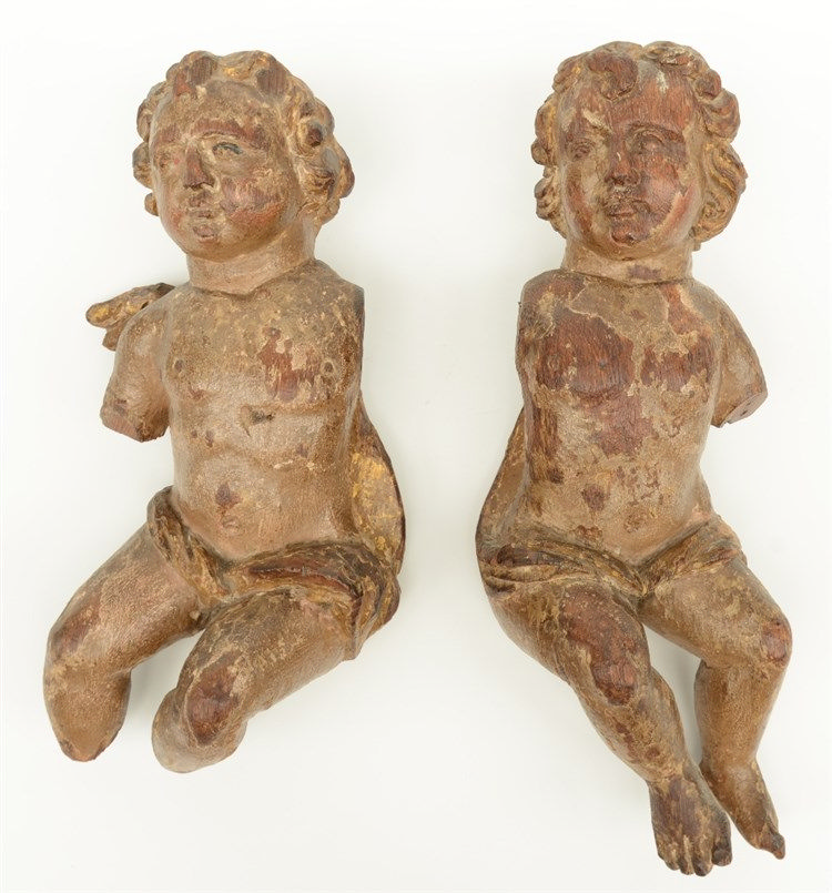 Two polychrome painted wooden angels, probably Low countries, 17thC, H 30 -