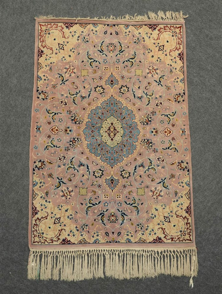 Oriental rug decorated with floral motifs, 'Tabriz', wool on cotton, 104 x