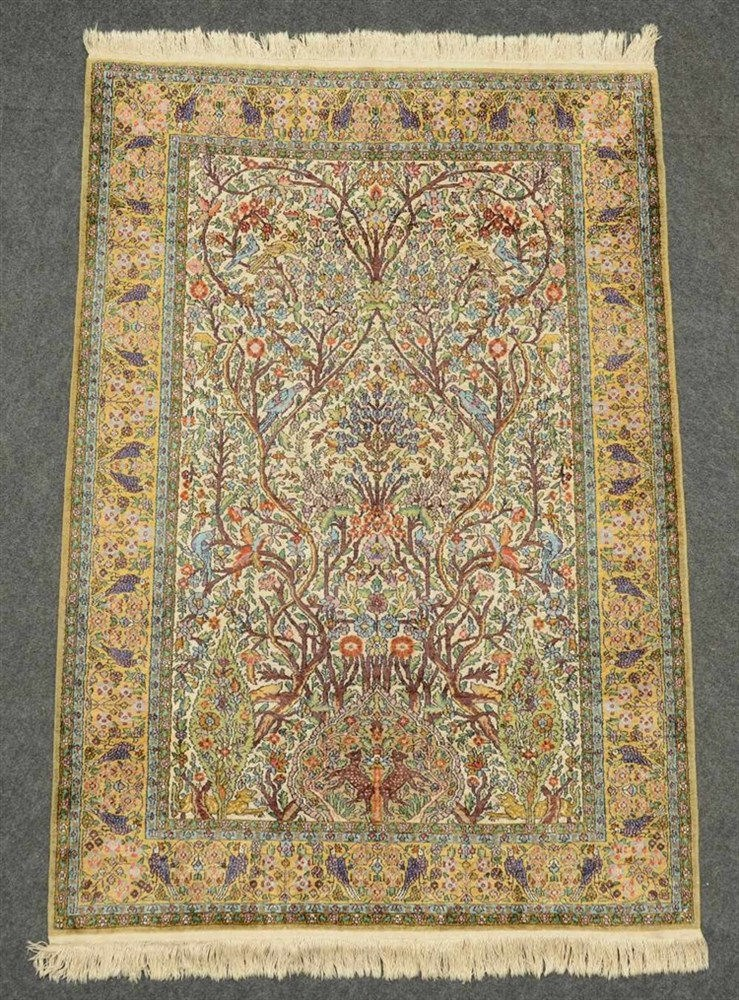 Oriental rug depicting the Tree of Life, animals and floral motifs, 'Ispaha