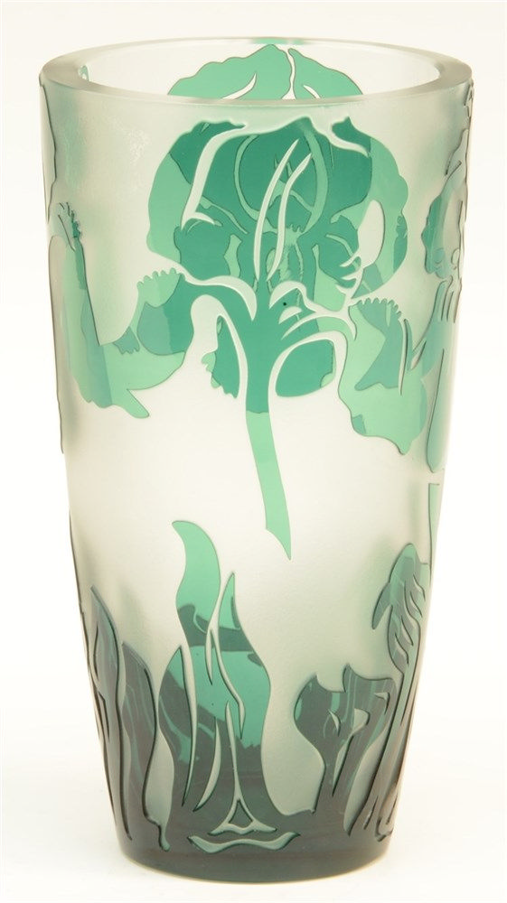 A Val St. Lambert crystal green cameo vase in Art Nouveau style, with the m